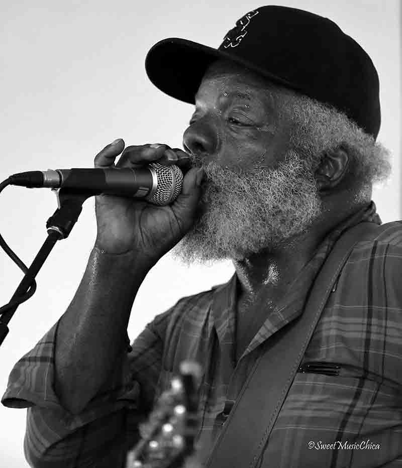 The Might Stokes, a Milwaukee blues legend - photo by Sweet Music Chica