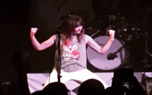KT Tunstall showing off her Bucky Badger