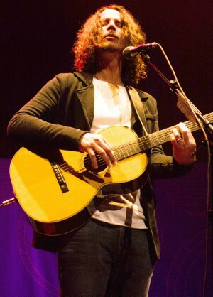 Chris Cornell does the Overture Center in Madison solo acoustic - photo by Sal Serio
