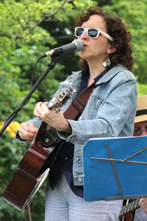 Rebecca Turner - photo by Robert Langdon