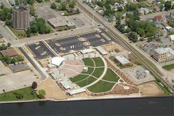 Leach Amphitheater in Oshkosh photo by Don Stolley